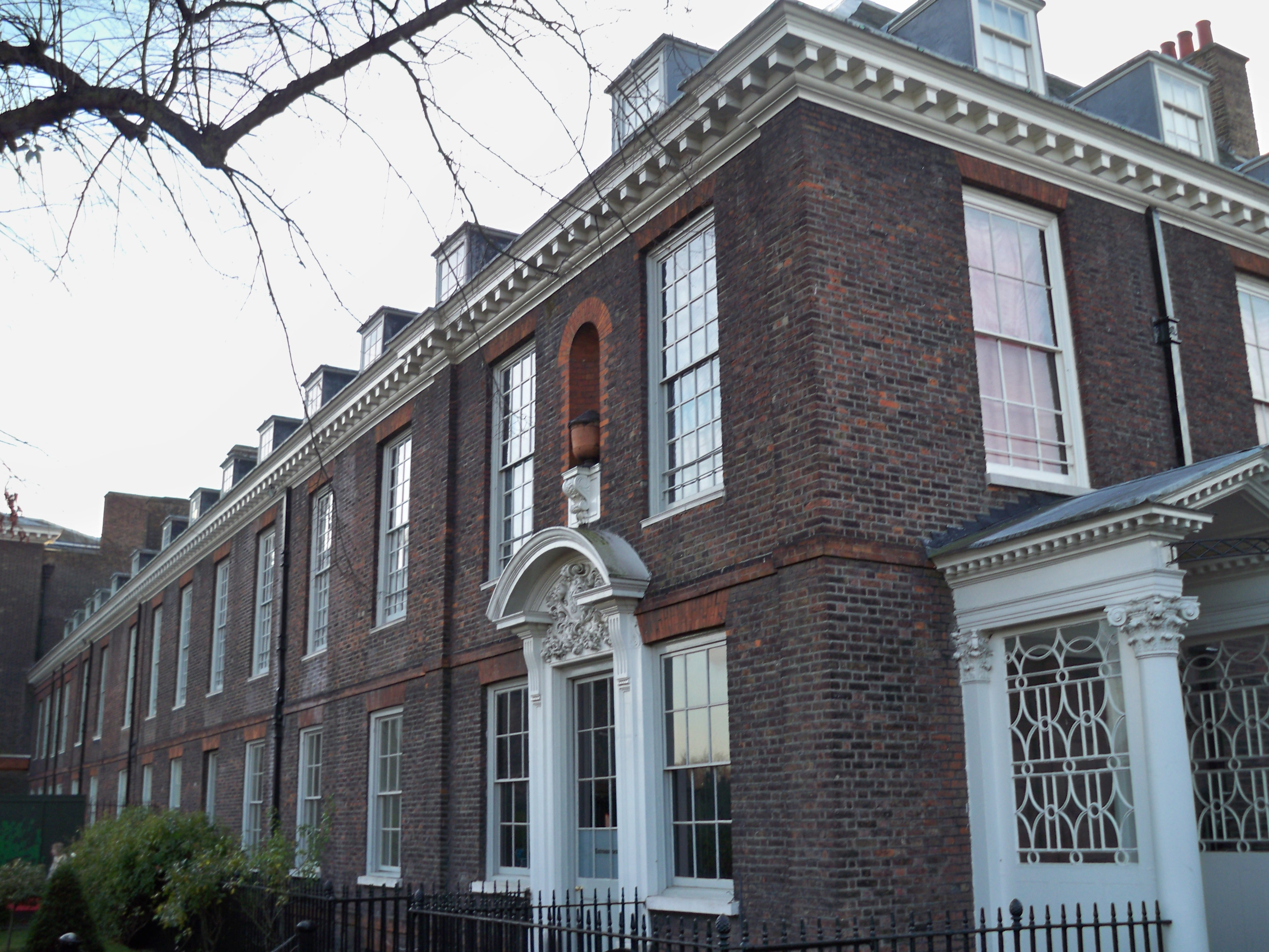 how to go to kensington palace